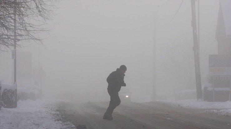 Výstraha meteorologů: Na silnici leda na bruslích, Česko se mění v obří kluziště