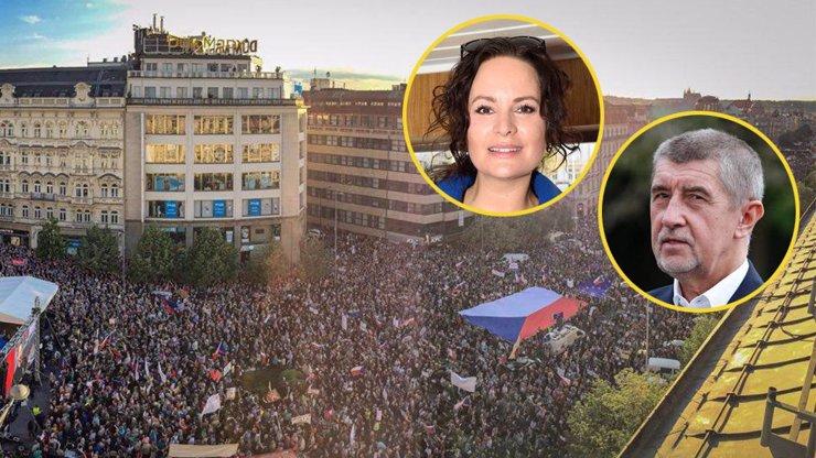 Protest proti Babišovi: Na největší demonstraci od roku 89 jde i Čvančarová