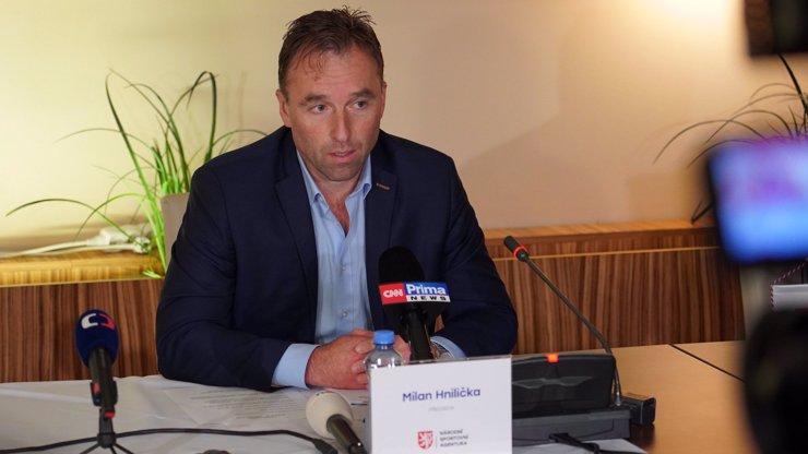 Milana Hniličku vyjde mejdan v Teplicích draho. Politici žádají jeho hlavu