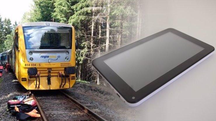 Za tragédie na dráze mohou mobily, tablety a nesoustředěnost, nevyloučil šéf železničářů