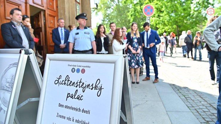 Úřad vlády zpřístupnil 8. května Lichtenštejnský palác!