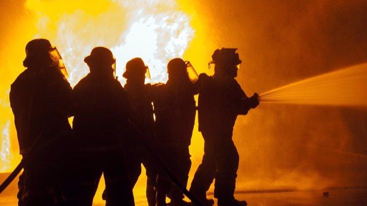 Tragédie v Havířově! Při požáru přišly o život dvě děti, třetí se povedlo dostat ven