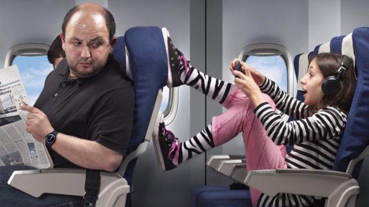 10 typů spolucestujících v letadle, vedle kterých nikdy v životě nebudete chtít sedět!