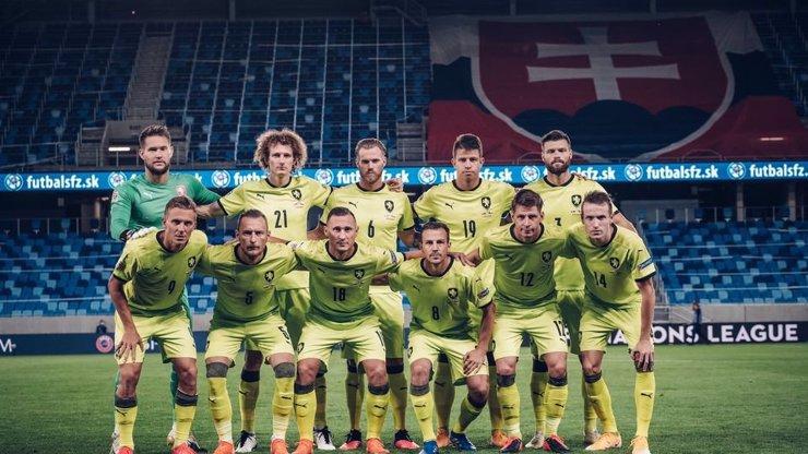 Koronavirus v české fotbalové reprezentaci: Osud zápasu se Skotskem je zcela nejasný