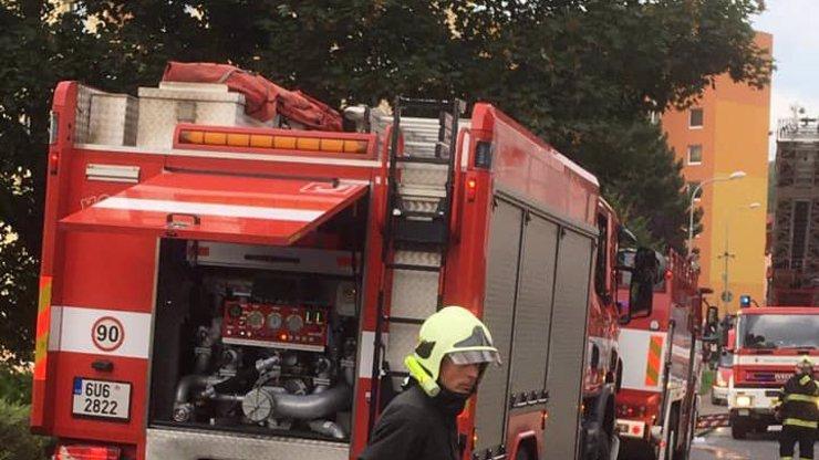 Po Bohumíně další tragický skok po požáru bytu: Muž nepřežil pád z ústeckého paneláku