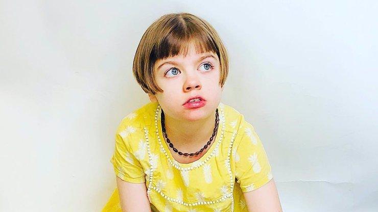 Třináctiletá Charlotte zemřela na selhání plic: Epilepsii odmalička léčila marihuanou