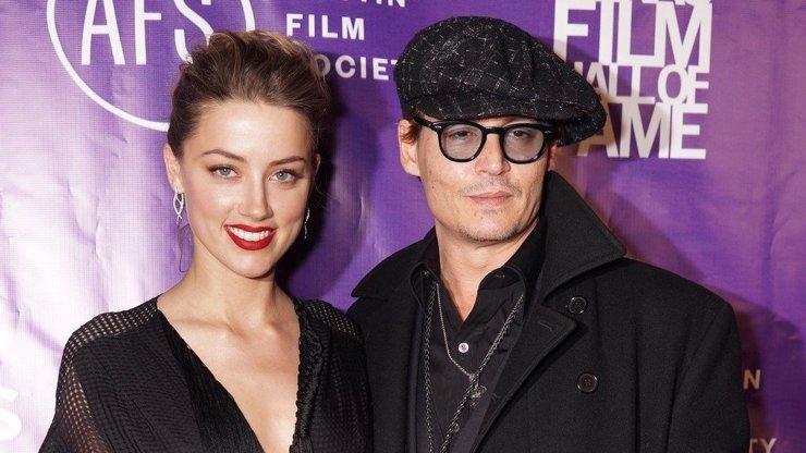 Amber Heard slaví 34: Nejkrásnější fotky ženy, která málem zničila Johnnyho Deppa