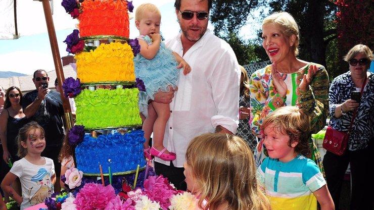 9 fotek z megalomanské oslavy pátých narozenin dcery Tori Spelling: Tohle jste ještě neviděli!