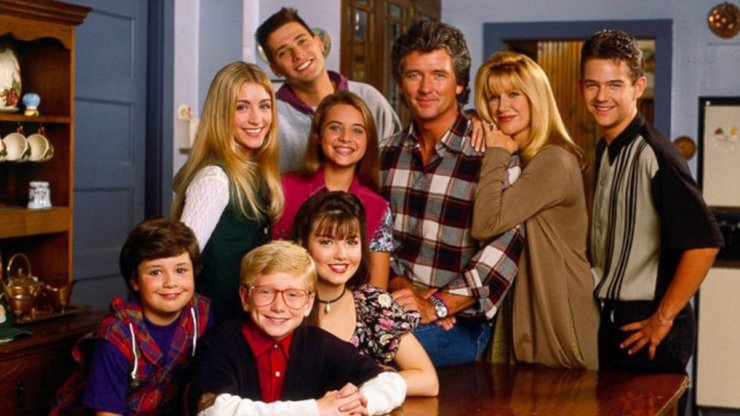 Staci Keanan slaví 45: Co dnes dělá blonďatá štěkna Dana Foster ze seriálu Krok za krokem