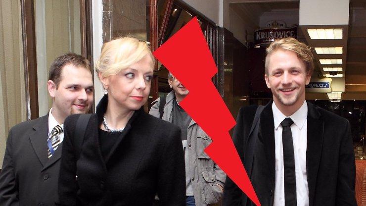 Přítelkyně Tomáše Kluse Tamara konečně dosáhla svého: Zpěvákova manažerka po šesti letech skončila. Celou její zpověď najdete v článku