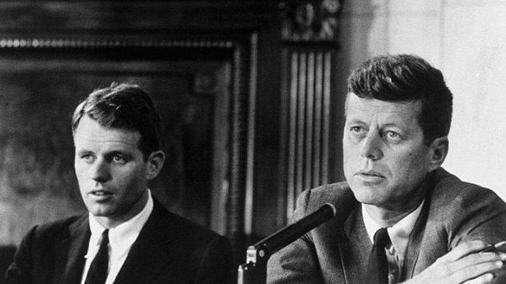 Ohromná smůla, nebo rodinné prokletí? Více než deset Kennedyů zemřelo předčasně tragickou smrtí