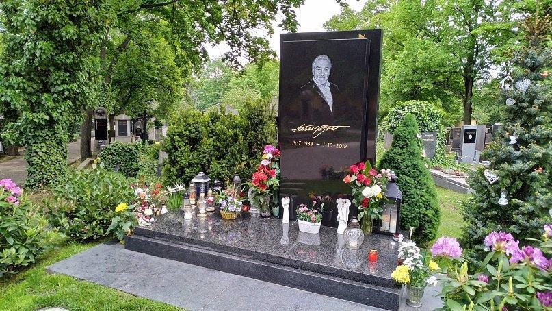 Ivana Gottová zuří: Někdo se za ni vydával a neuvěřitelně sprostě zaútočil na Karla Gotta