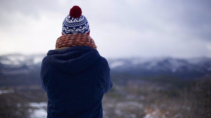 Třeskutě mrazivý začátek jara: Víkend bude plný sněhu, teploty spadnou až na -10 °C