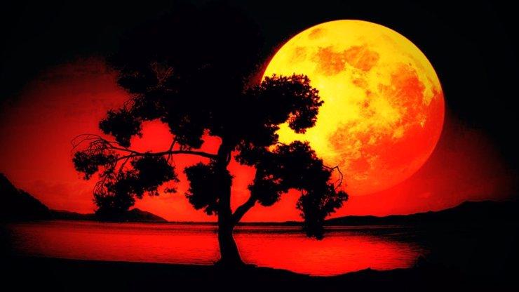 Vzácný nebeský úkaz: Zítra nastává úplněk v Beranu a krvavé zatmění Měsíce! Čeho se bát?