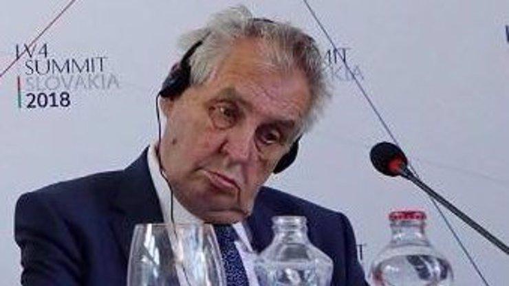 Po ku**ě sem a tam rozjel Miloš Zeman šu*ání: Ostrý útok na Rusko kvůli okupaci!