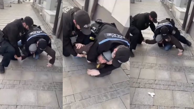 Policejní zásah proti otci bez roušky: Po zatčení netušil, co se děje se synem (3), říká právník