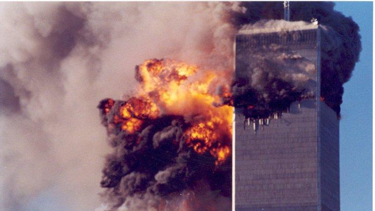 Němci zešíleli? Vyplatili 180 000 muži, který pomáhal teroristům připravit 11. září
