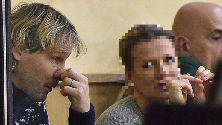 SILVESTR V LUXUSU: Nedvěd vyhodil miliony za alpskou parádu, společnost mu dělala jeho krásná manželka!