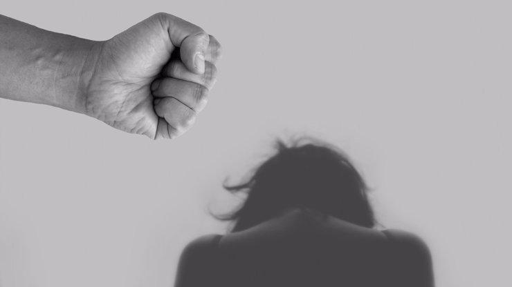 Není kam utéct! Domácí násilí v době koronavirové pandemie