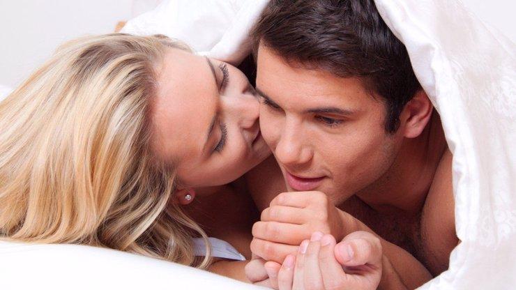Čtěte podrobný partnerský a erotický horoskop pro muže narozeného ve znamení Kozoroha! Kdo se k němu hodí?