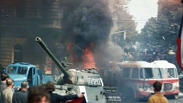 Rok 1968: Na jedné straně stáli okupanti. Na straně druhé ti, kteří odmítli invazi vojsk odsoudit