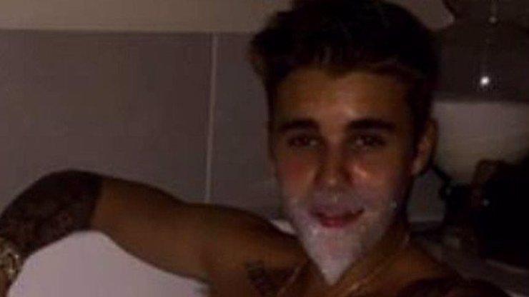 Justine, co je to za hrůzu? Bieber si vyfotil hodně úchylnou fotku, tu musíte vidět celou!
