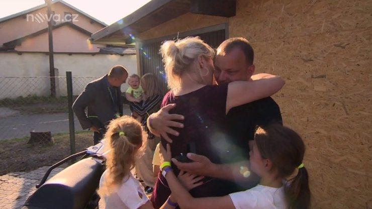 Dojemná Mise nový domov: Milan se stará o dcery zemřelé sestry, přítelkyni požádal o ruku