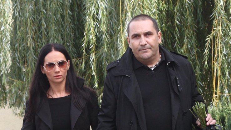 Ex Sandry Novákové pár dnů po kopačkách zkolaboval: Víme, co to s herečkou udělalo!