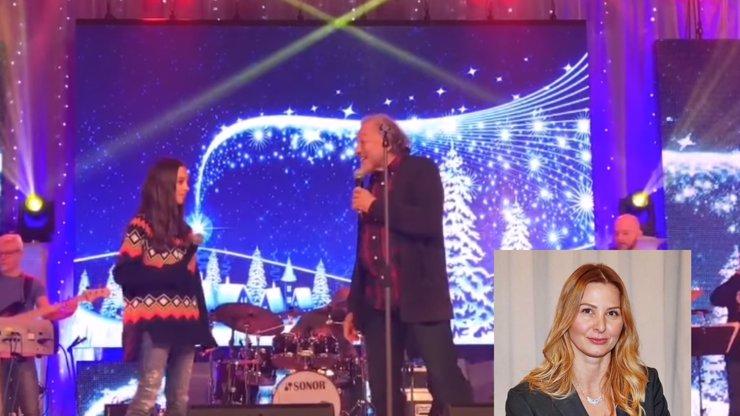 Dojemný vzkaz od Ivany Gottové: Krásné video Karla a Charlotte, jak zpívají Zvonky štěstí