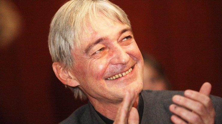 Vzpomínka na Vladimíra Dlouhého: Dnes by herec oslavil 61. narozeniny