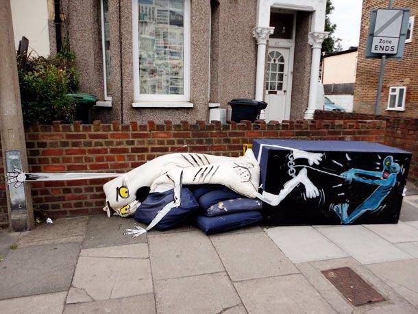 Co dělají v londýnských ulicích s odpadky? Přece umělecká díla!