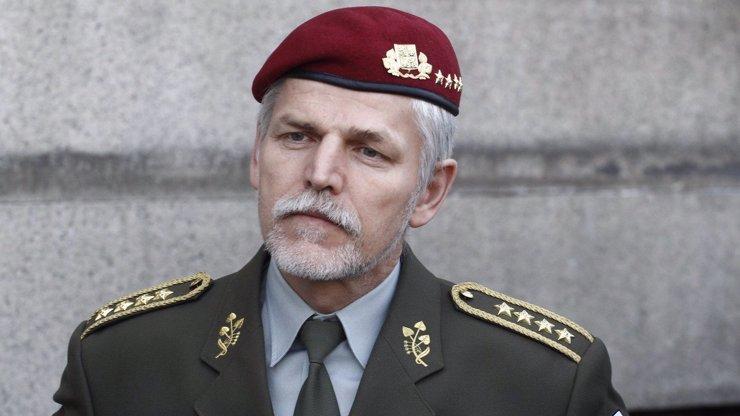 Generál Pavel se obrátil na NATO. Vyzývá ke společnému postupu vůči Rusku