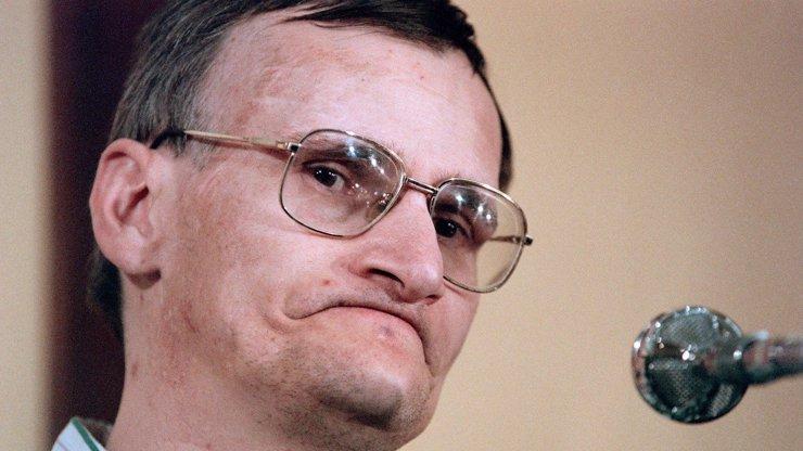 Léčba, která dokáže stvořit šílence: Sériový vrah Heaulme ulehl s matkou do rakve