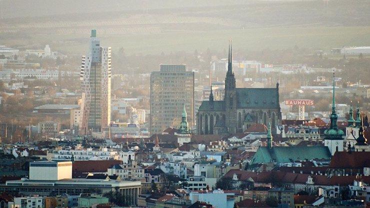 8 ukázek toho, jak moderní architektura ve velkých městech požírá historii