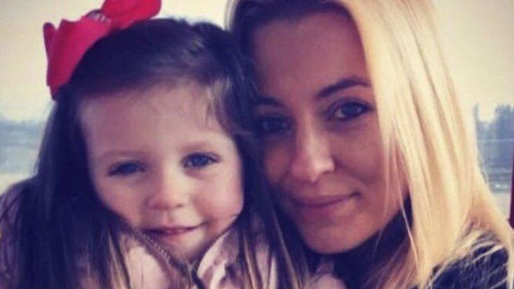Vzali dceru (5) na pohotovost a zhroutil se jim svět: Holčičce zbývá 6 měsíců života