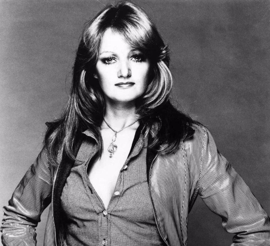 Bonnie Tyler slaví narozeniny a míří do Prahy: Co s legendární zpěvačkou udělal zub času