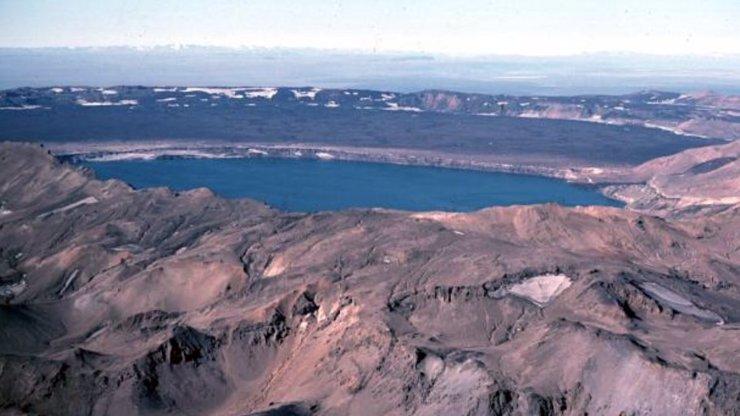 Na Islandu se otřásá sopka Askja: Její výbuch ochromí dopravu v celé Evropě