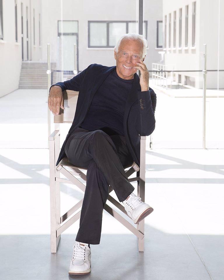 Giorgio Armani slaví 86 let: Do důchodu se nechystá, na stará kolena oživuje turismus v Itálii