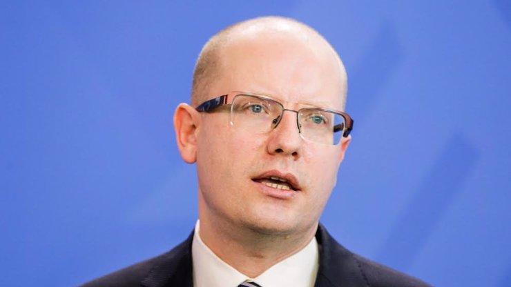 Bohuslav Sobotka končí v čele ČSSD: Volebním lídrem se stal Lubomír Zaorálek