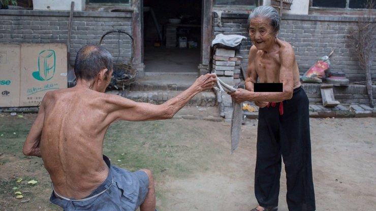 10 působivých fotek nejstaršího manželského páru na světě: Jak žijí? Podívejte se!