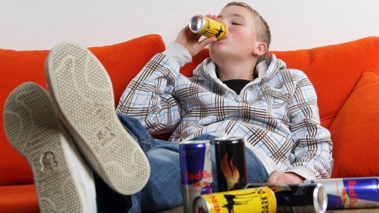 Chlapci (13) na Plzeňsku selhalo srdce: Před kolapsem pil energy drinky