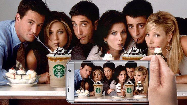 Joey hipster a Ross nerd: Jak by vypadal seriál Přátelé, kdyby byl natáčen dnes?