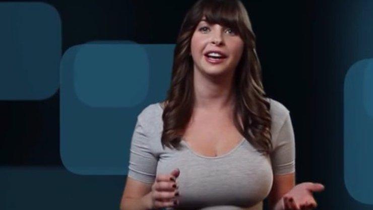 MEGAVIRÁL: Tohle video o údržbě rafinérií pořádně frčí! A to díky vnadné moderátorce
