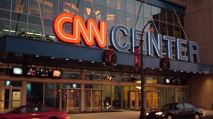 Svět je v šoku! Americká stanice CNN v noci vysílala 30 minut tvrdé porno!