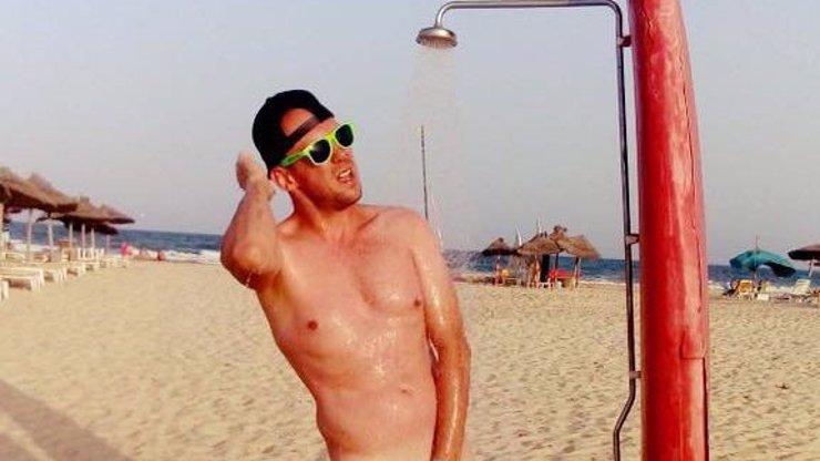 Největší nadsamec na letních plážích? Láďa ukázal svou