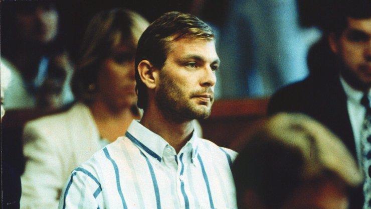 Maso potetovaných lidí chutná divně: Kanibal a sériový vrah Jeffrey Dahmer měl šrám na duši