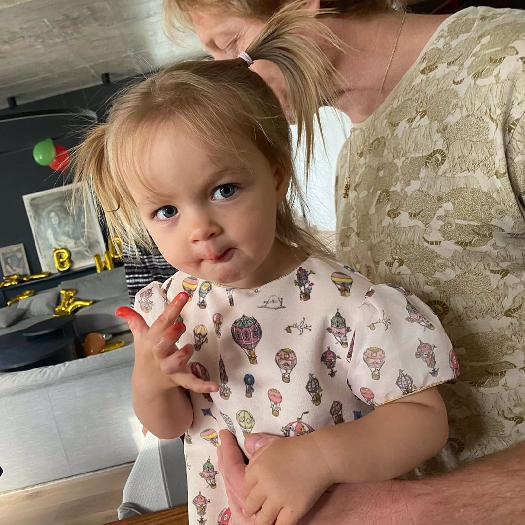 Dcera Lilie a Karla Janečka slaví 2 roky: Rozkošná Isabella si oslavu pořádně užila
