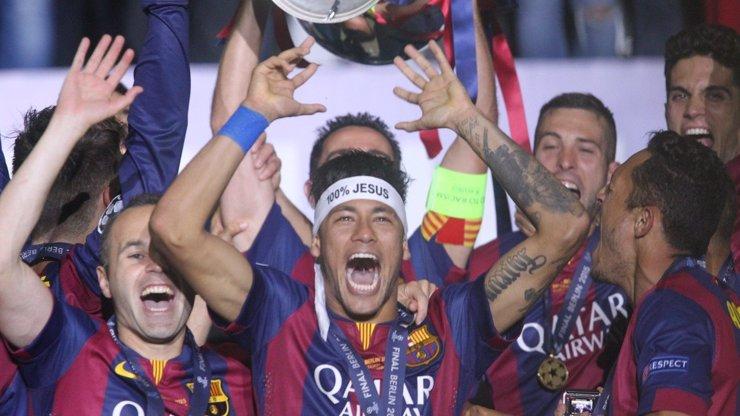 Rána pro fotbal! Fotbalové Euro možná zrušeno kvůli koronaviru. Liga mistrů se dohraje v létě?
