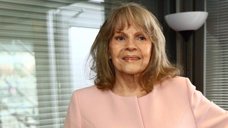 Kdo pečuje o Evu Pilarovou (80)? Oddané řádové sestry, které pomohly i dvěma prezidentům