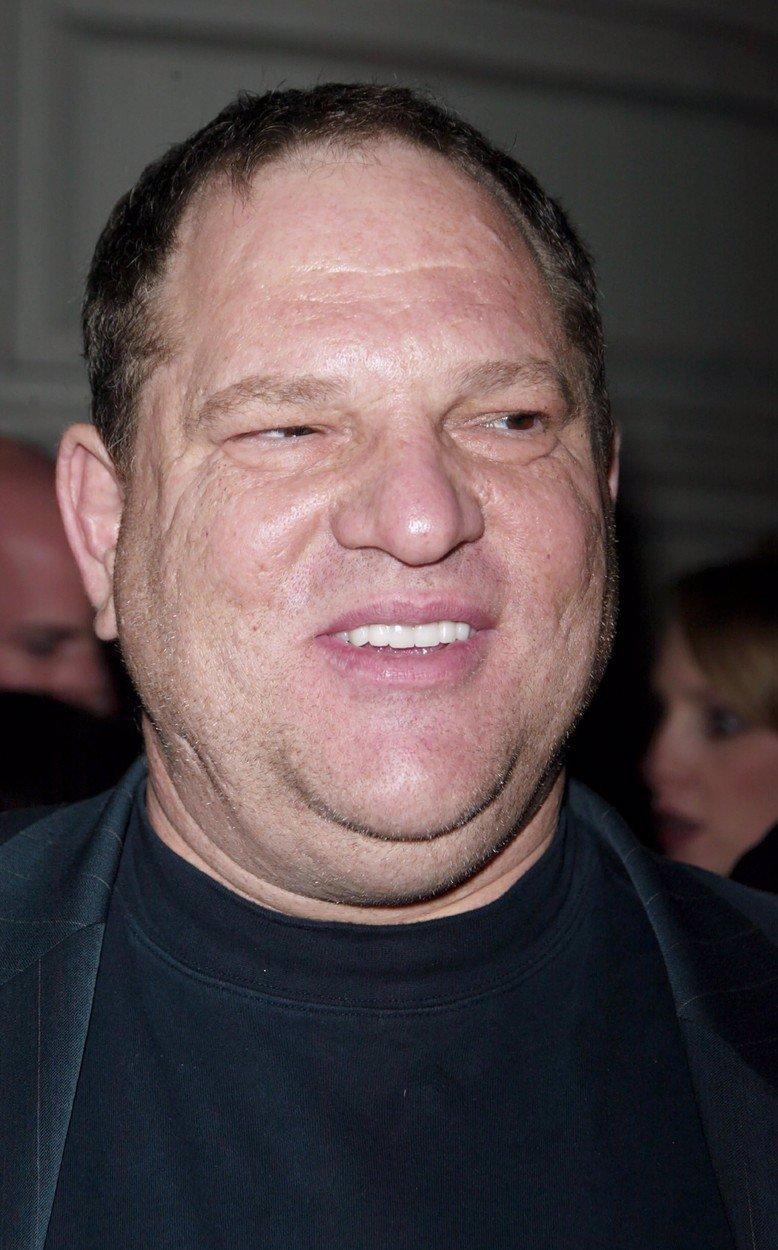 Filmový producent Harvey Weinstein byl poslán do vězení: Dostal 23 let za znásilnění a obtěžování hereček